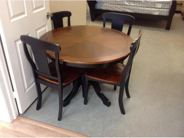 Brand new kitchen table and chairs set.. 5 piece...taxes in.