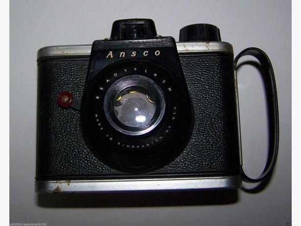 Vintage Ansco Ready Flash Camera