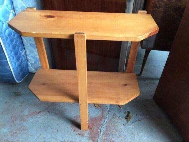 Pine D Table