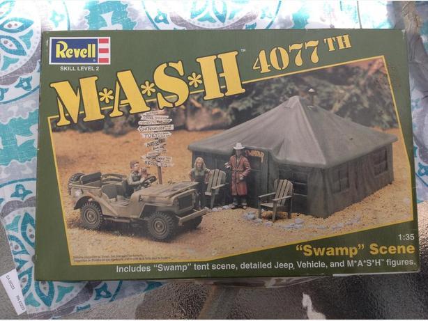 Mash 4077 diorama