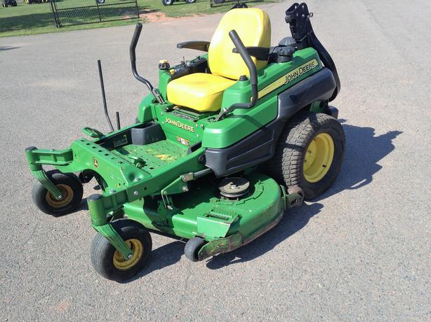 2012 John Deere Z920A Lawnmower
