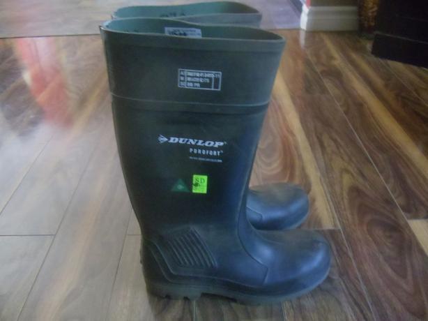 Dunlop Boots