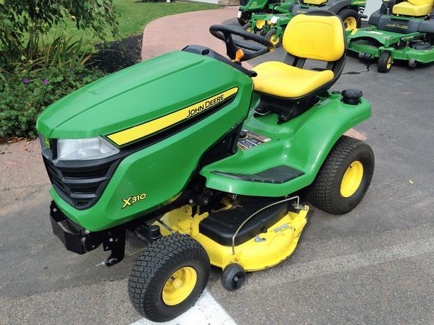 2014 John Deere X310 Lawnmower