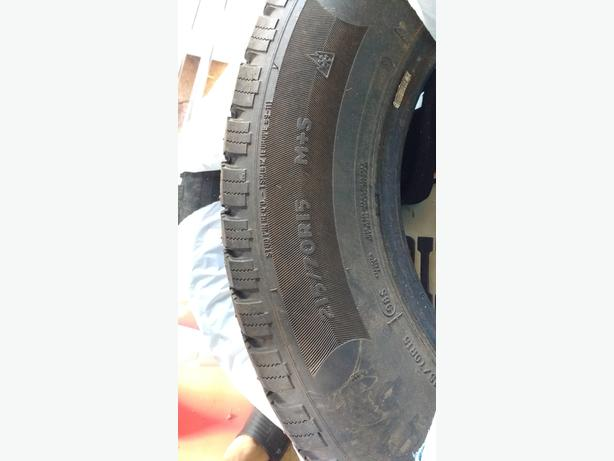 215 70 15 studded winter tires