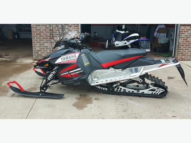 2014 Yamaha Viper LTX DX - Excellent Condition - Financing Available