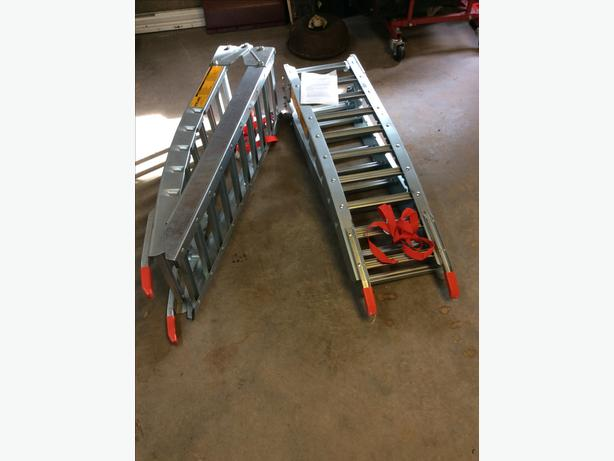 New set loading ramps ATV or lawn tractors etc