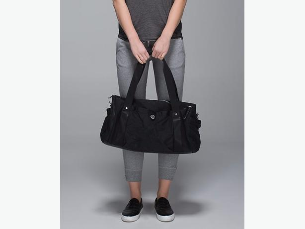 black lululemon duffle bag
