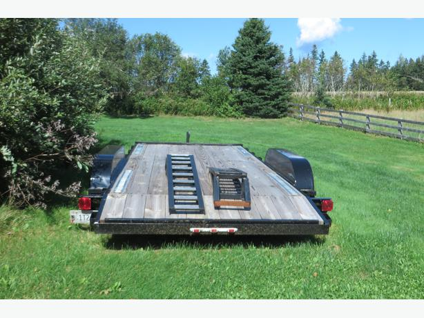 steal of a deal on never used car hauler tandem axle