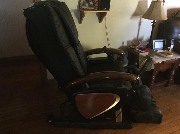 Titan-Delux Multi function Massage Chair