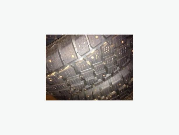 4 winter tires size 235 75 15