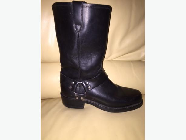 Men's Size9 or Ladies11 Dingo Motorcycle Boots