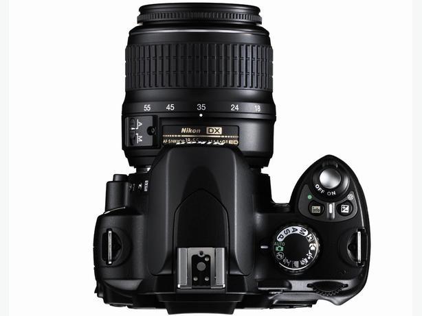 Nikon D40 6.1MP Digital SLR Camera