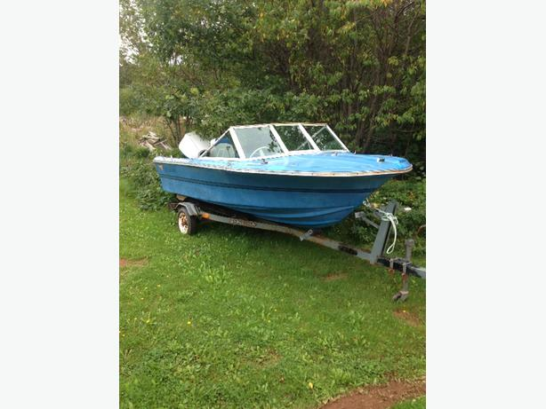15ft fiberglass boat with 65hp johnson outboard
