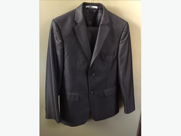Grey Boys Suit, Suitable for average sized 10-12 year old.