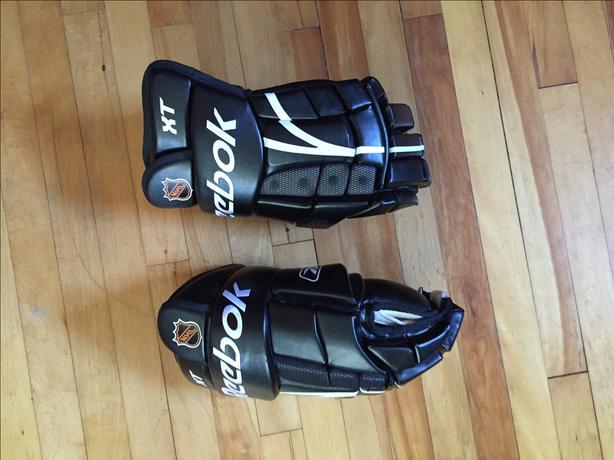Reebok Gloves, brand new.