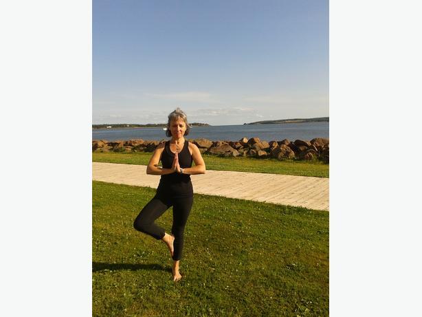 Yoga for Beginners in Evangeline Region /Yoga pour débutants Région Évangéline