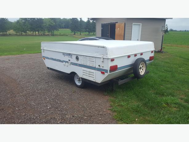 "2000 Rockwood Freedom 10'-6"" (box) pop up camper"