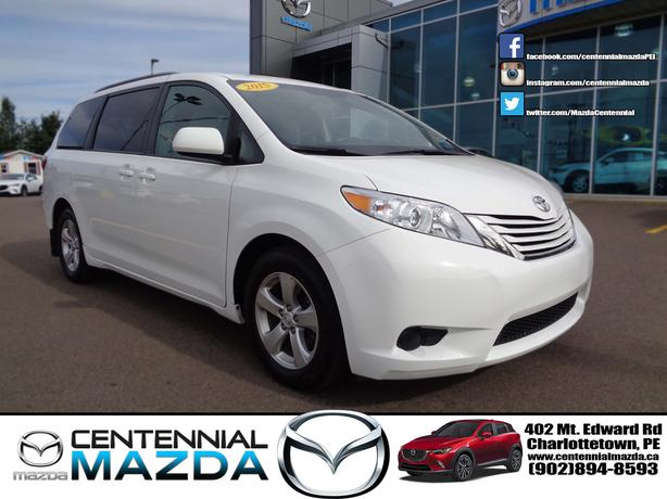 2015 TOYOTA SIENNA LE VAN REDUCED TO $28998