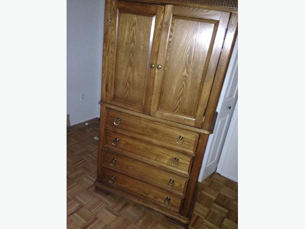 wardrobe/ dresser