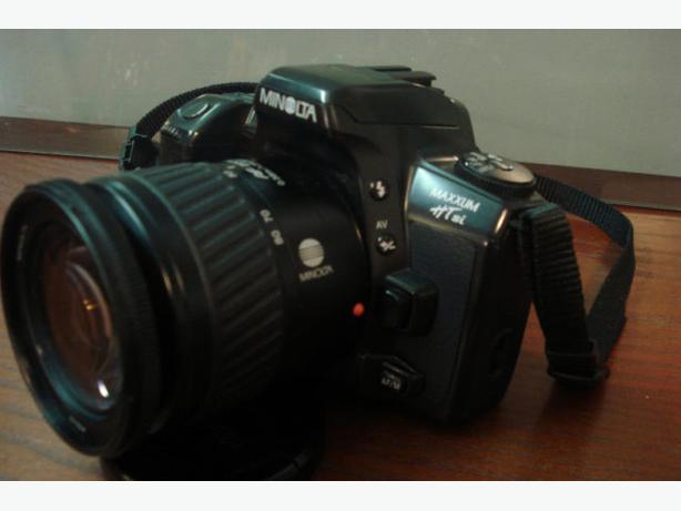Minolta 35mm SLR Film Camera