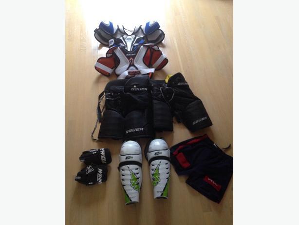 bag of hockey gear