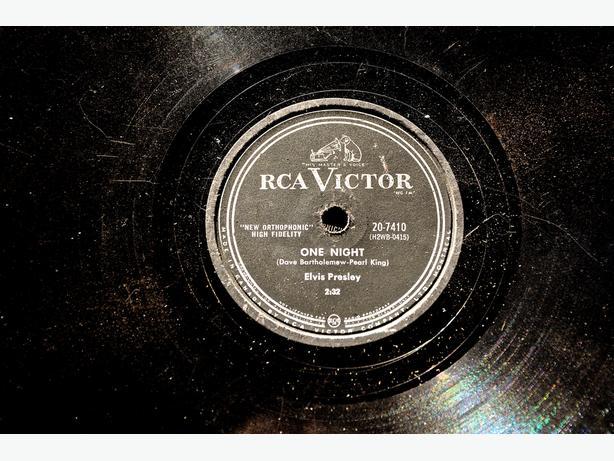 Rare Vintage Record Collection – 78RPM