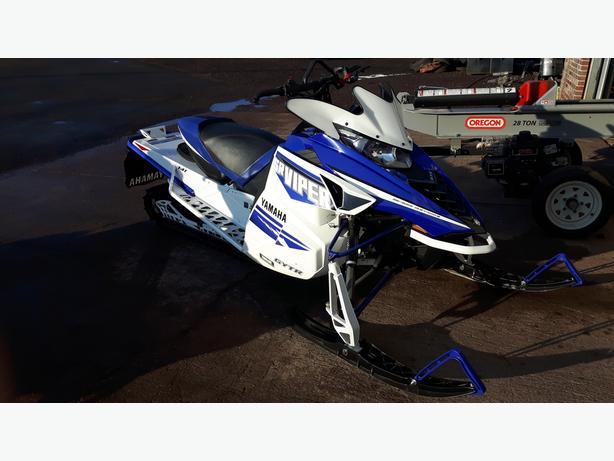 2016 Yamaha Viper XTX SE - Showroom Condition - Financing Available