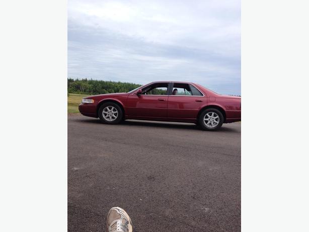 1998 Cadillac sts 44,000 original kms