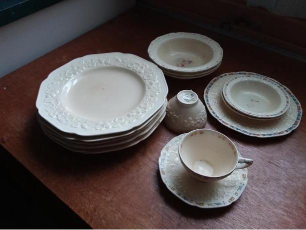 Crown Ducal Gainsborough dishes
