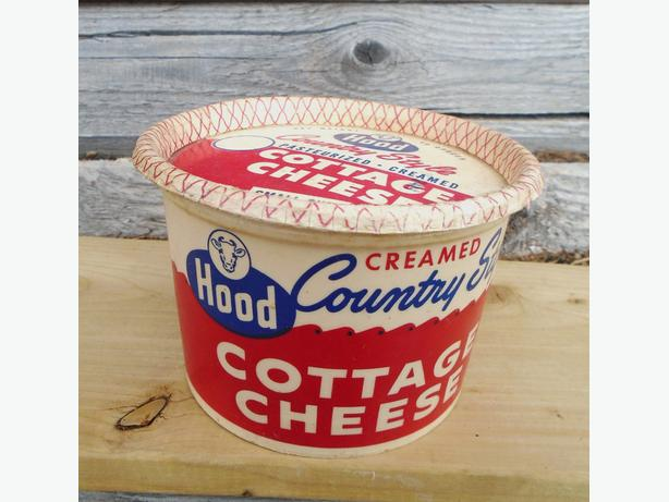 Vintage 1960's HOOD Country Style Cottage Cheese Carton