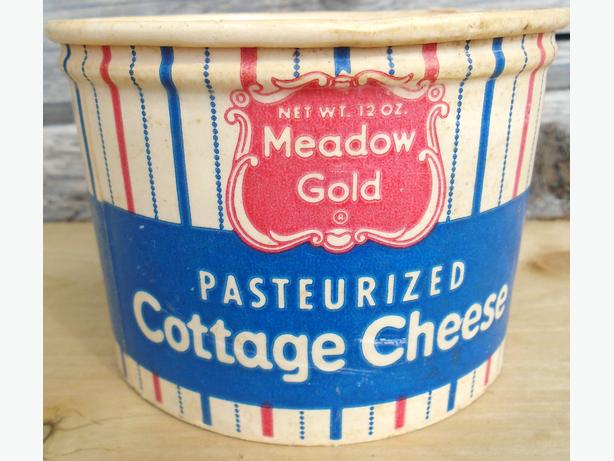 Vintage 1955's MEADOW GOLD Old Fashioned Cottage Cheese Carton
