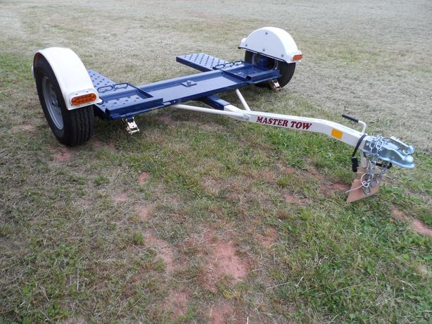 """NEW """" TOW MASTER""""  CAR TOW DOLLY"""