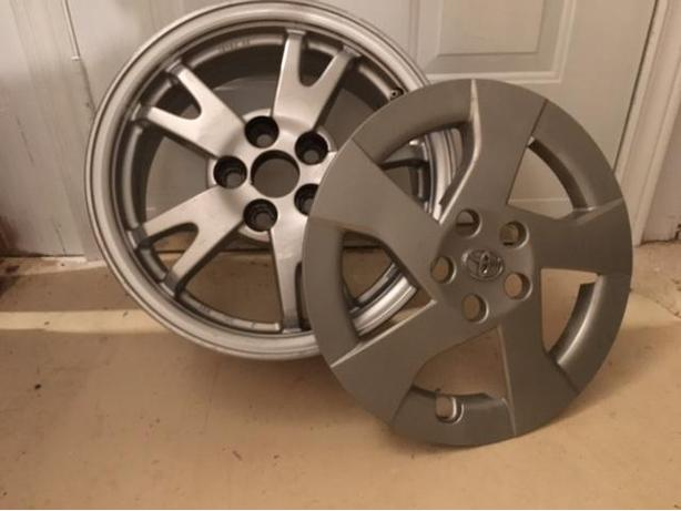 Alloy rims for Toyota Prius or similar