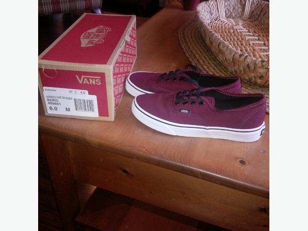 Vans shoes size 6 boys