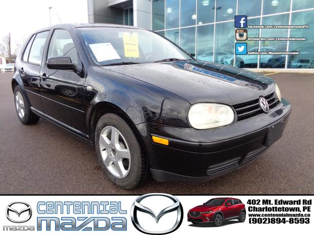 2003 VW GOLF 5 SPEED MANUAL ONLY 164000 KM !