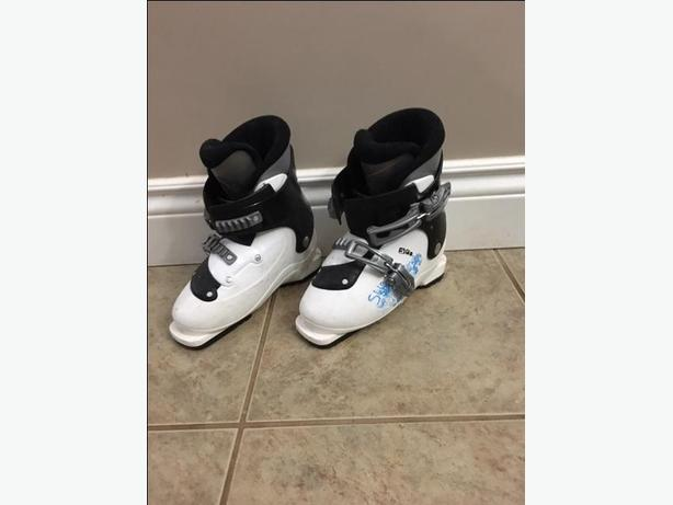 Kids Salomon ski boots Size 20.5