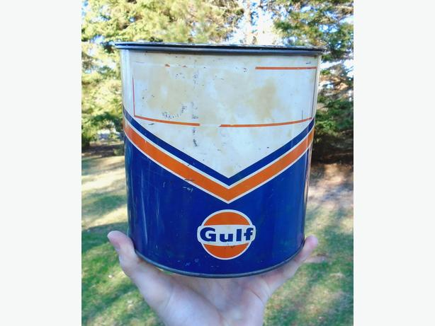 Vintage 1960's GULF OIL CANADA LIMITED (5 Lb.) Grease Can
