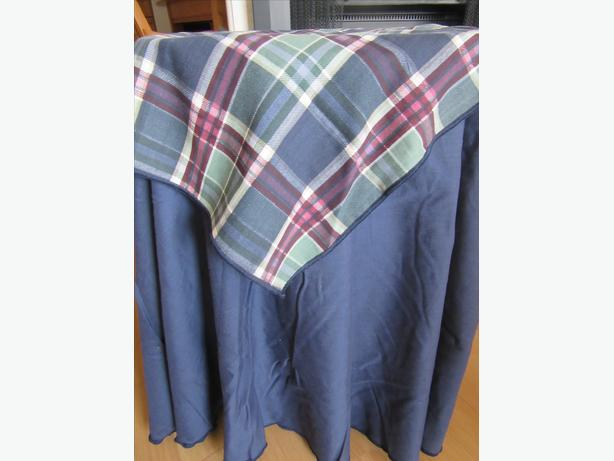 NAVY BLUE ROUND TABLECLOTH AND TOPPER (FOR ACCENT TABLE)