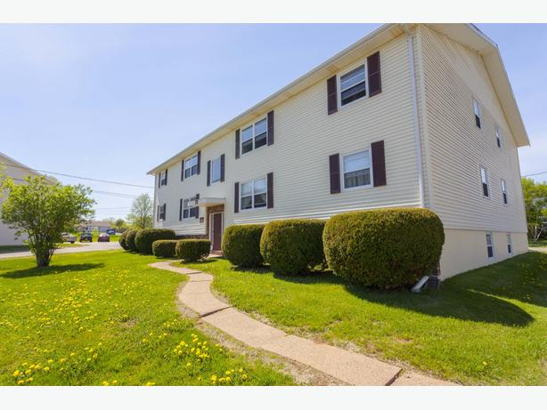 Avail. Jan  Clean  2 bedrooms Charlottetown Chateau Heights
