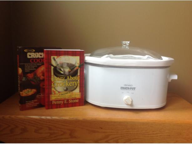 Slow cooker and cook books