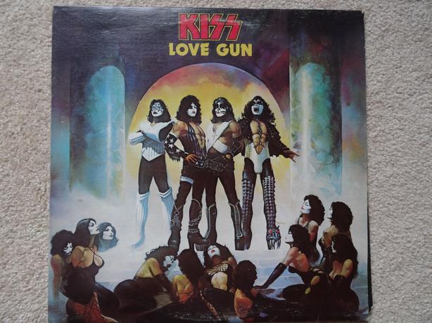 Kiss Love Gun vinyl record