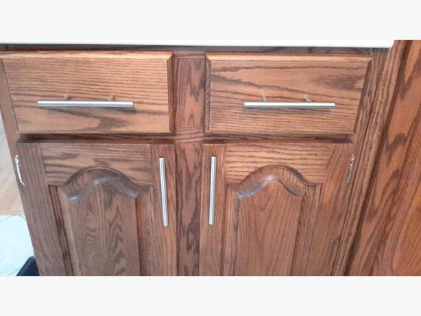 Door handles and hinges