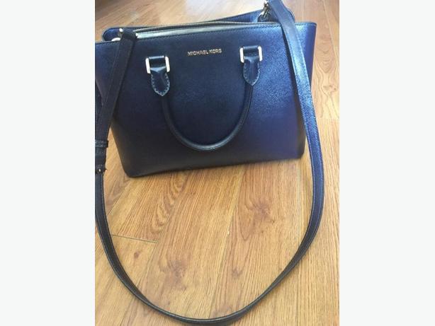 Authenic Michael Kors purse