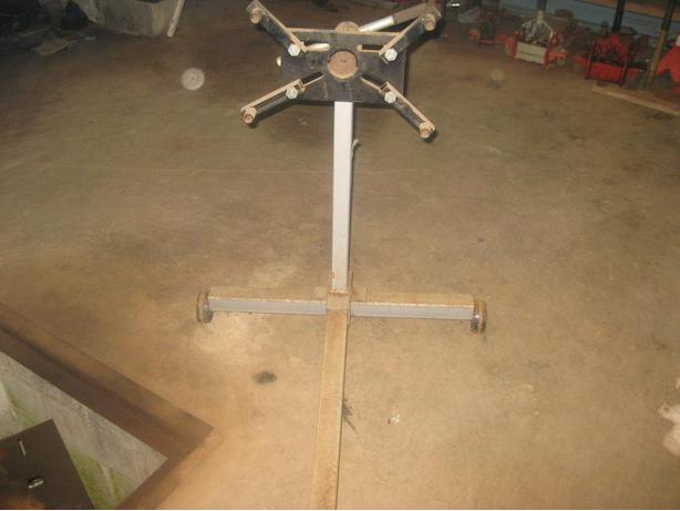 Engine stand and Anvil on stand