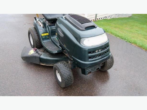 yard works 15.5 hp   42'' cut new battery oil good blades good