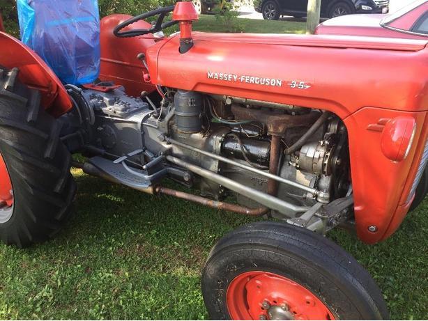 Massey Ferguson 35 Tractor with blower 4cyl Diesel.