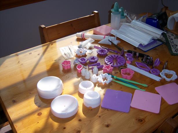 Cake Decorating Accessories
