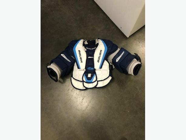 Bauer R7000 Goalie Chest Protector