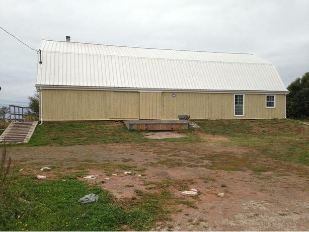 Building for sale just outside of summerside, 857 read drive