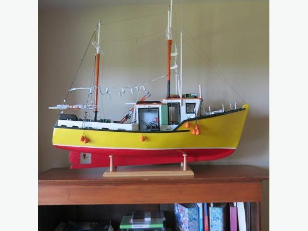 FISHING BOAT REPLICA